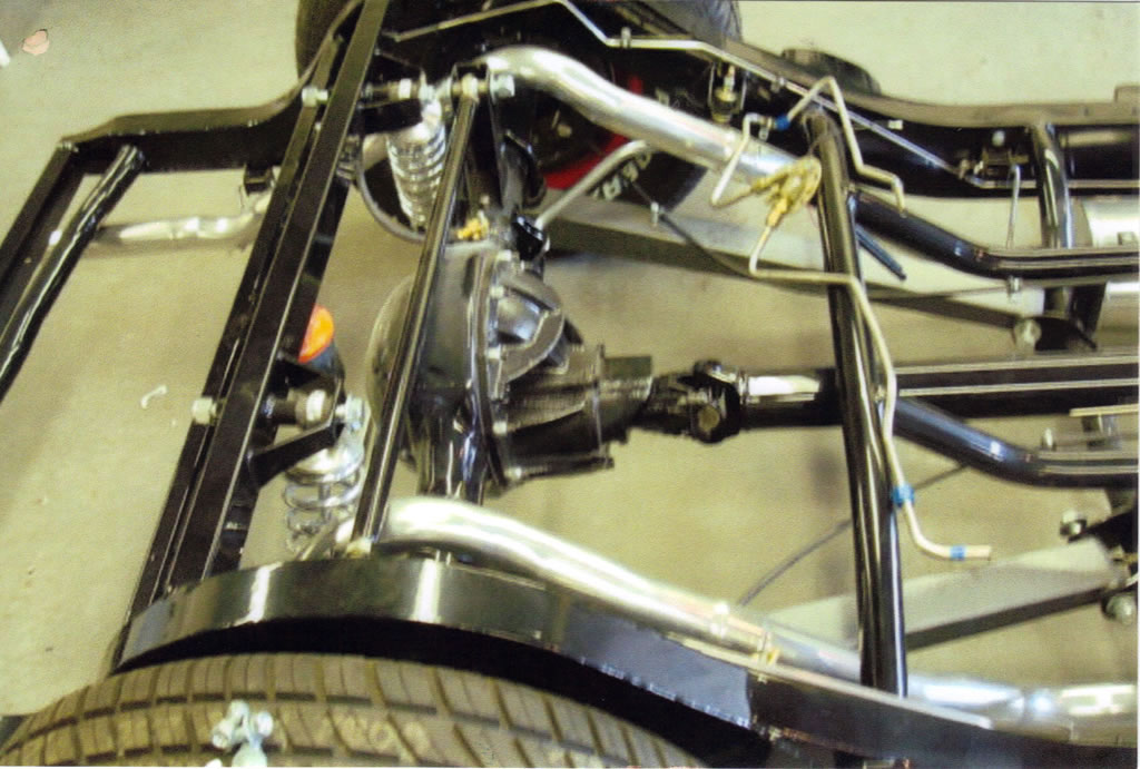 Vintage sheet metal fabricating auto fabrication specialists for Garage auto fab ennery